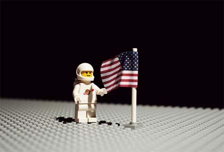 Apolo 11 estilo LEGO