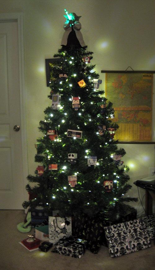 Adorna tu rbol de navidad de una forma un tanto geek - Como se adorna un arbol de navidad ...