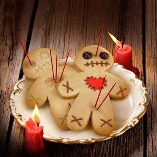 [Imagen: cortador-galletas-munecos-voodoo.jpg]