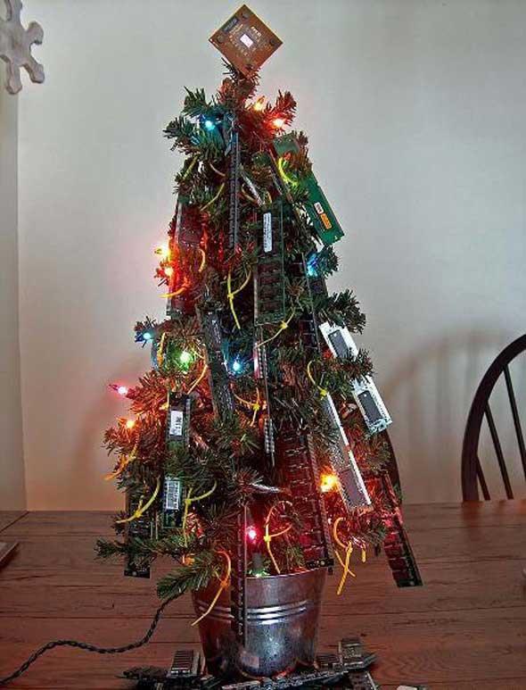 Árbol Navidad con memorias ram
