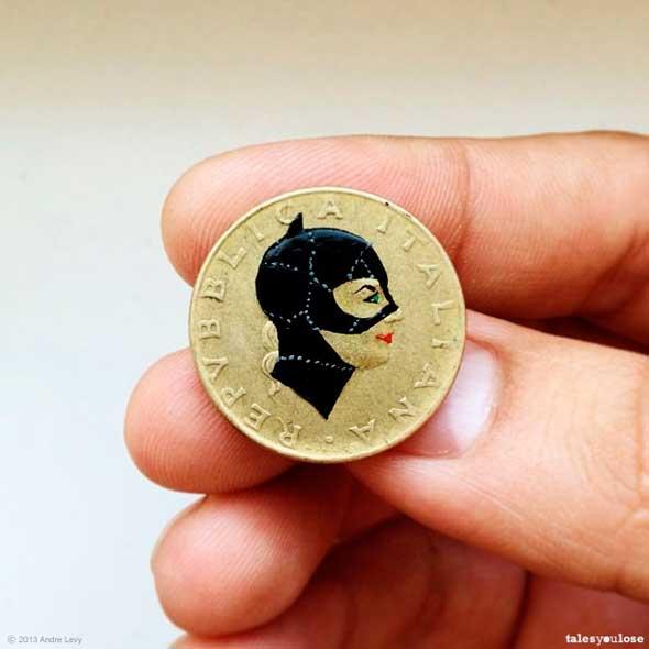 Tales you Lose – Superhéroes y otros personajes famosos pintados sobre monedas