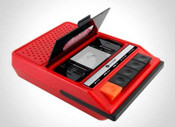iRecorder, un altavoz para iPhone forma de grabadora vintage