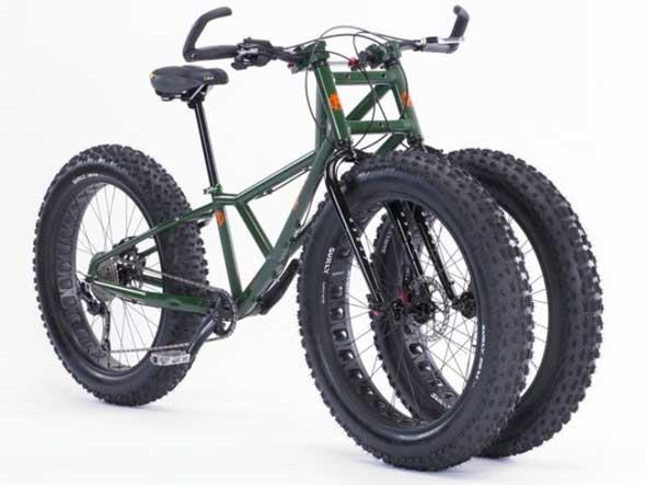 Rungu - Una bicicleta con dos ruedas delanteras