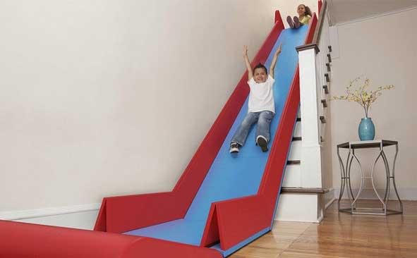 SlideRider transforma las escaleras de casa en un tobogán