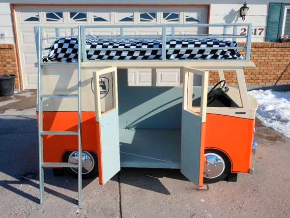 cama con forma de furgoneta Volkswagen