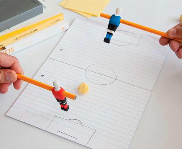 Jugar a futbolín en clase es posible