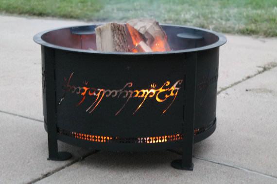 Fuego de mordor en el jadín de tu casa