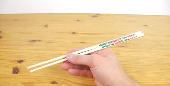 Truco: Cómo usar los palillos chinos - Nivel Principiante